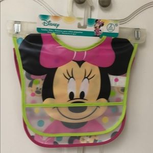 Disney toddler bibs is water resistant to pack NWT